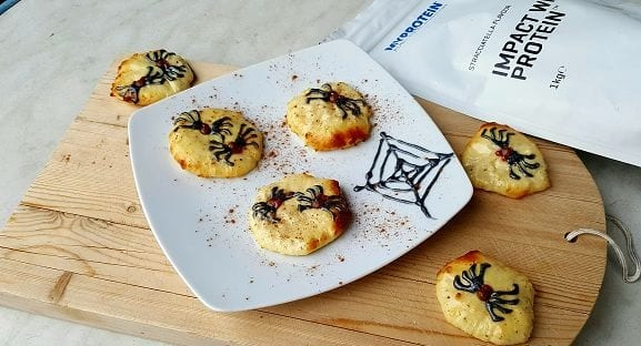 Gesundes Halloween Party Rezept | Protein Cookies mit Spinnen Look