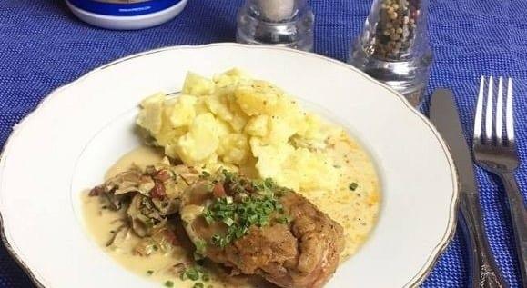 Braten Rezepte | Schweineschnitzel in Pilz-Kräutersauce Fettreduizert