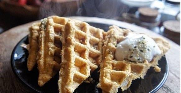 Süßkartoffel Protein Waffeln | Gesundes Frühstücks-Rezept
