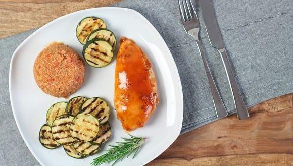 Hähnchen Rezept | Zartes Hähnchenfleisch mit Gemüsebeilage