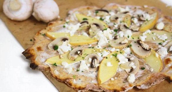 Flammkuchen Rezept | Gesunder Flammkuchen mit Pilzen und Äpfeln