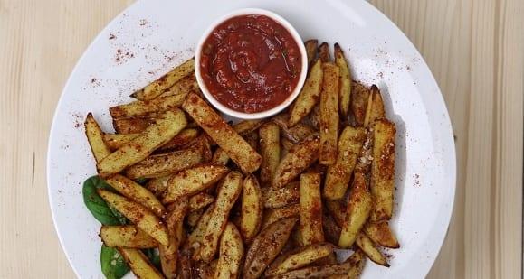 Gesunde Mahlzeit | Fettarme Pommes mit DIY Ketchup-Dip
