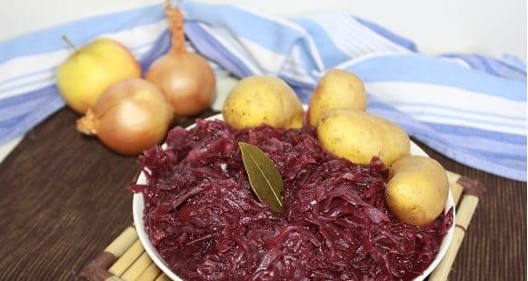 Beilagen Rezept | Kalorienarmes Apfelrotkohl