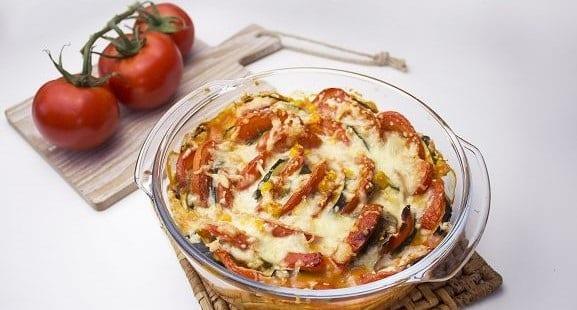 Rezept des Tages | Fettarmer Zucchini Tomaten Auflauf