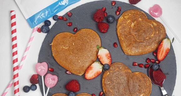 Valentinstags Frühstück | Gesunde Pancakes in Herzform