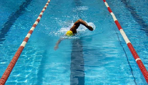 Abnehmen mit Schwimmen | Alles was du wissen solltest
