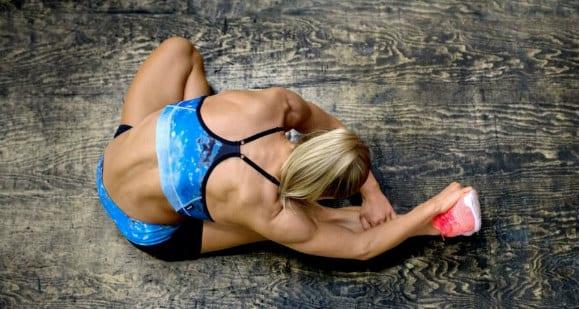 Schnelles Workout mit Körpergewichtsübungen für beschäftigte Mütter