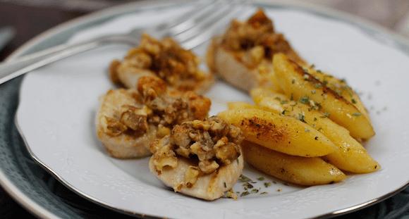 Puten Medaillons mit Walnusskruste | Kohlenhydratarme Mahlzeit