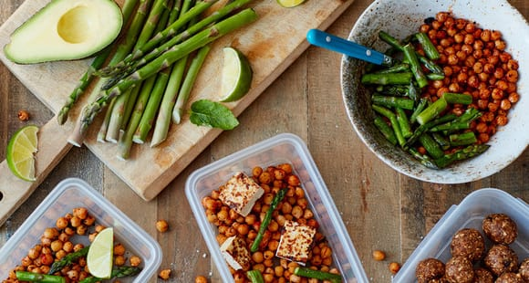 Spargel, Tofu, Kichererbsen Meal Prep