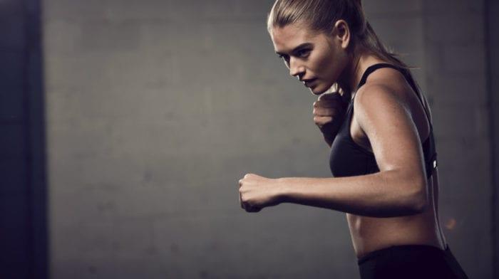 Die besten Armübungen für Frauen | Winkearme adé!