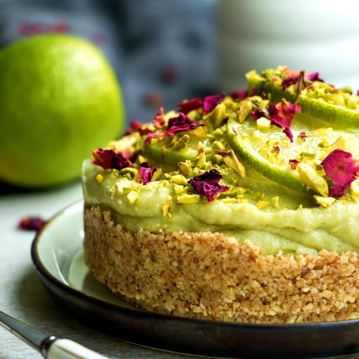 Avocado Cheesecake | Ungebackener veganer Käsekuchen