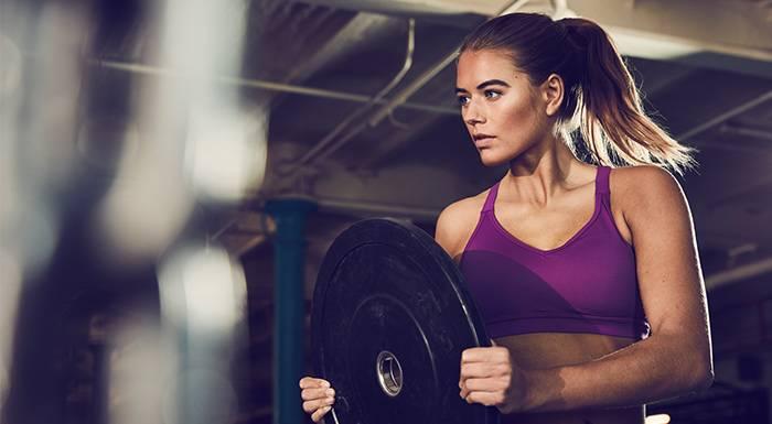 Kurzhantel Übungen für die Bauchmuskulatur | Tue mehr für deinen Core