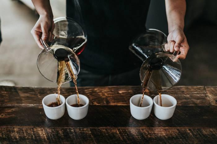 Was sind die Vorteile von Koffein? Solltest du es aufgeben oder verschafft es dir einen Performance-Boost?