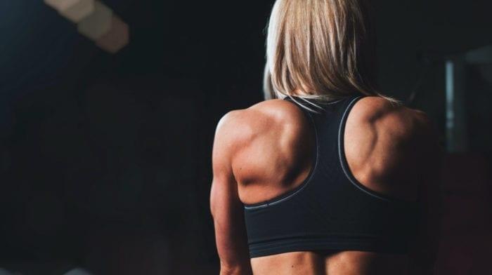 4 Rücken-Übungen für zu Hause, für die du kein Equipment brauchst