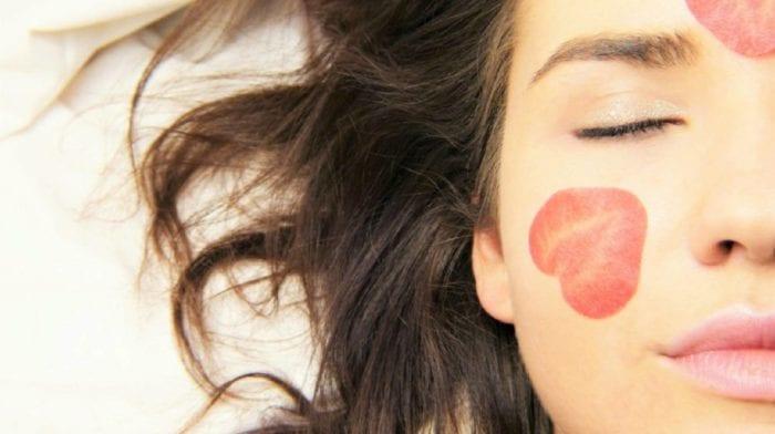 Welches sind die besten Vitamine gegen Akne & für reine Haut?