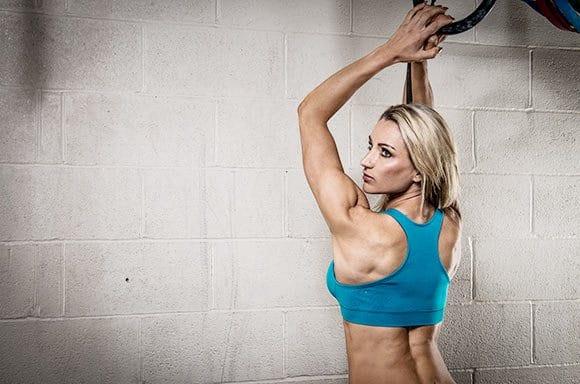 motivos de por que las mujeres deben levantar pesas