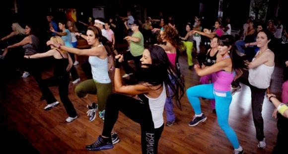 Conoce los Beneficios de Bailar Zumba Fitness