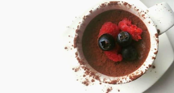 Mousse Proteico De Chocolate Con Guindilla