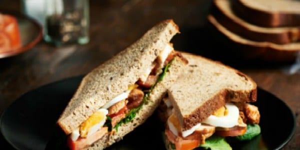 sandwich con proteína