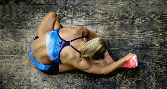 Ejercicios de estiramientos para tu cuerpo con un foam roller