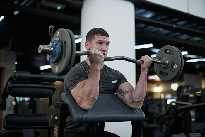 Cómo ganar volumen muscular