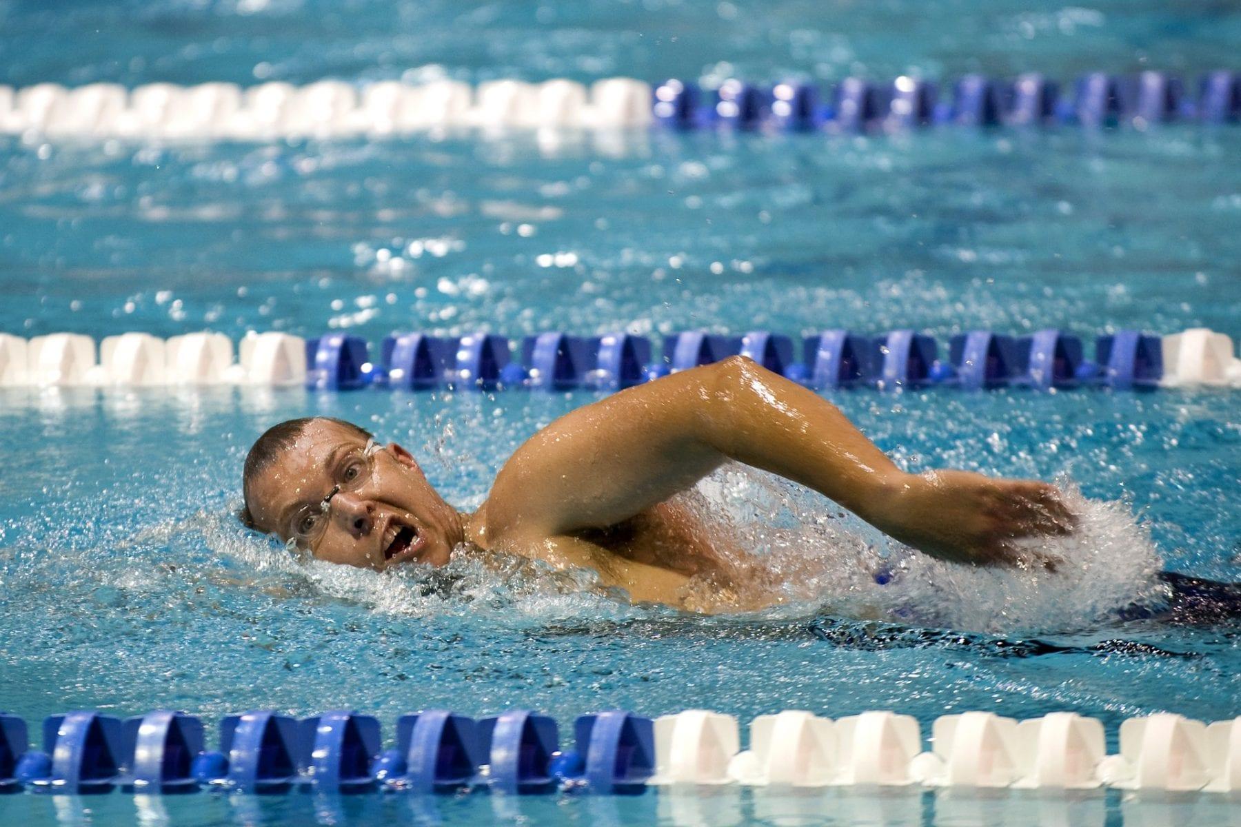 entrenamiento nadador