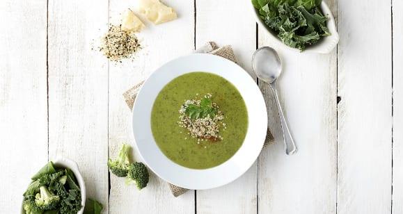 Exquisita Sopa de Brócoli con Queso