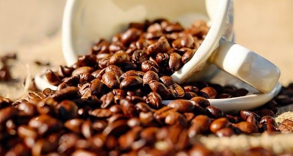 Cafeína en pastillas | Propiedades, efectos secundarios y dosis