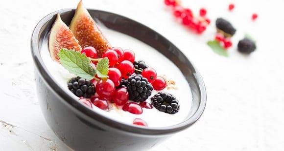 yogur frutas