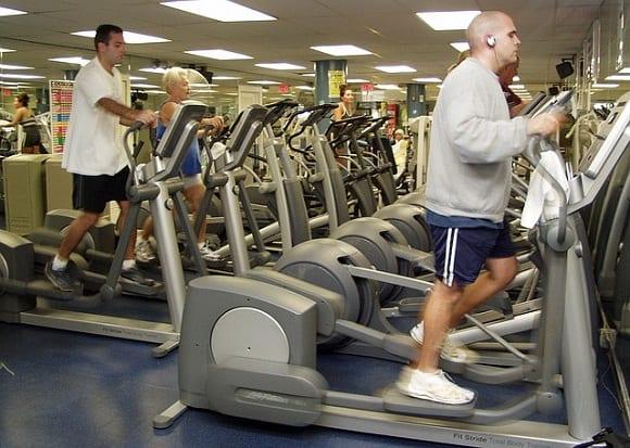máquinas de gimnasio elípticas