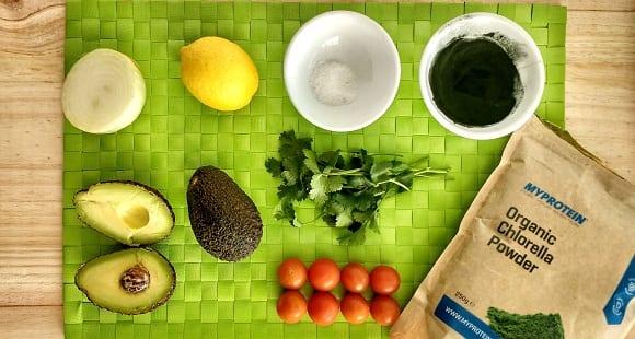 Cómo hacer guacamole casero fitness con chlorella
