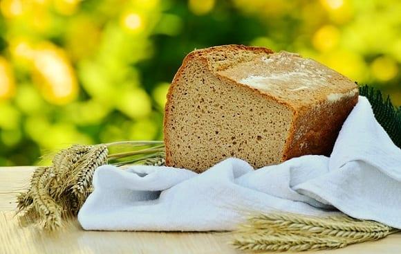 es cierto que el pan engorda