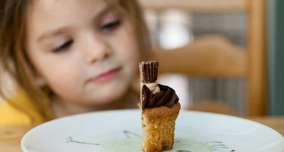 ¿Cuánto y qué Tipo de Azúcar debe Consumir un Niño?