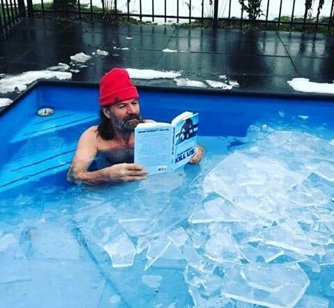 algunos beneficios de ducharse con agua fría
