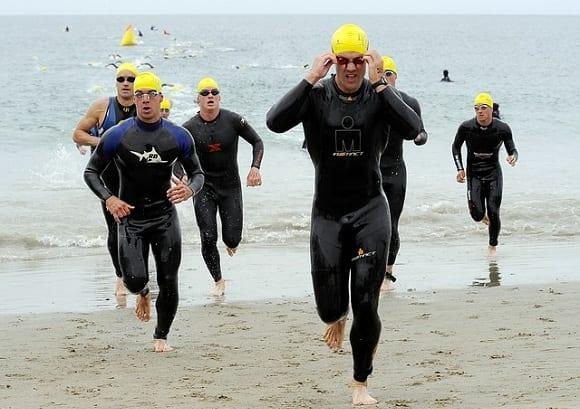 triatlón xterra nadando