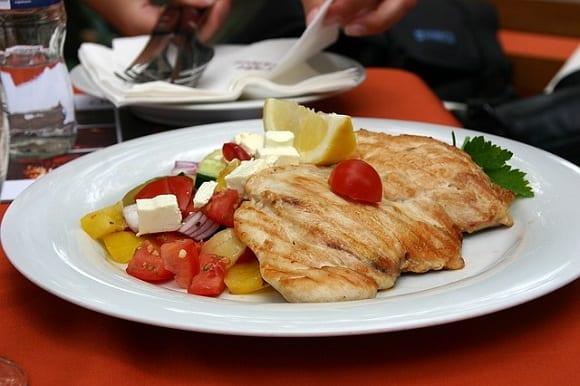 pechuga de pollo con verduras
