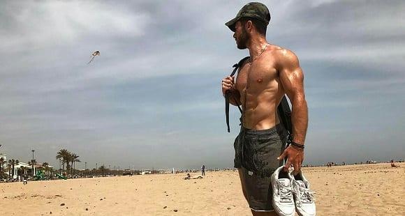jesus piker trainer en la playa