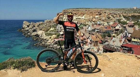 ciclista embajador de Myprotein
