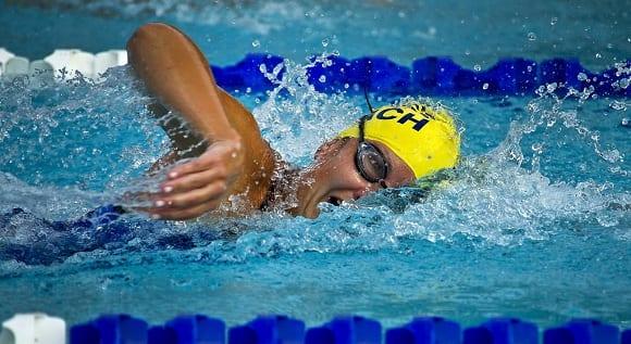 deportes de agua natación