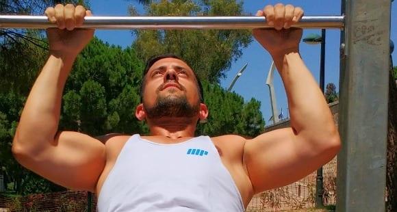 ejercicios en barras paralelas