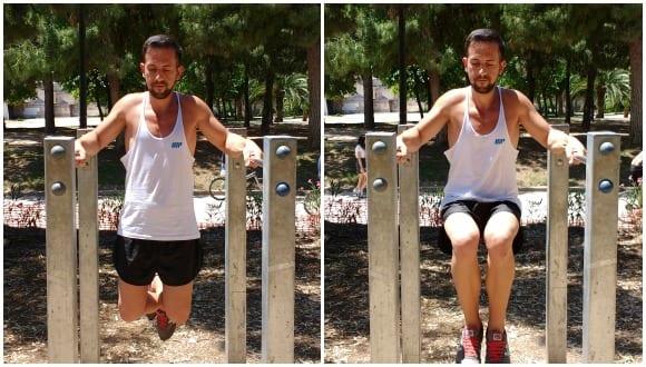 elevación de rodillas en barras paralelas