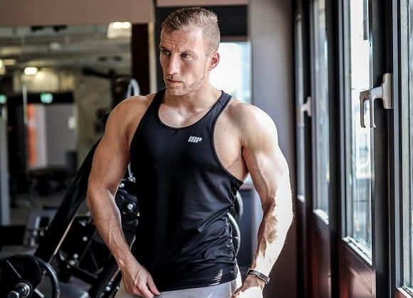 ejercicios para adelgazar brazos para hombre