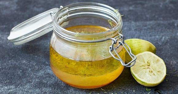 Aderezo de aceite de coco, limón y miel