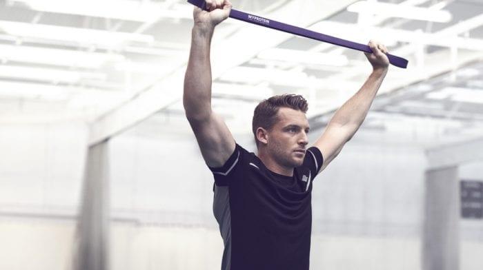 Rutina de hombros | Los 4 mejores ejercicios para definir los deltoides