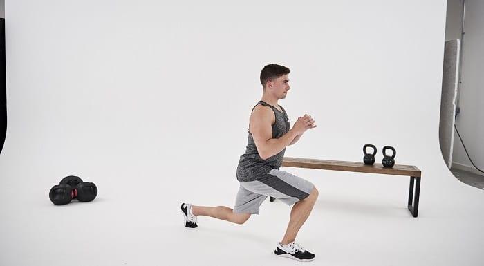 rutina de ejercicios para quemar grasa con pesas rusas