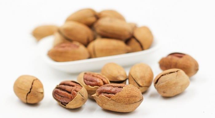 alimentos con melatonina como las nueces