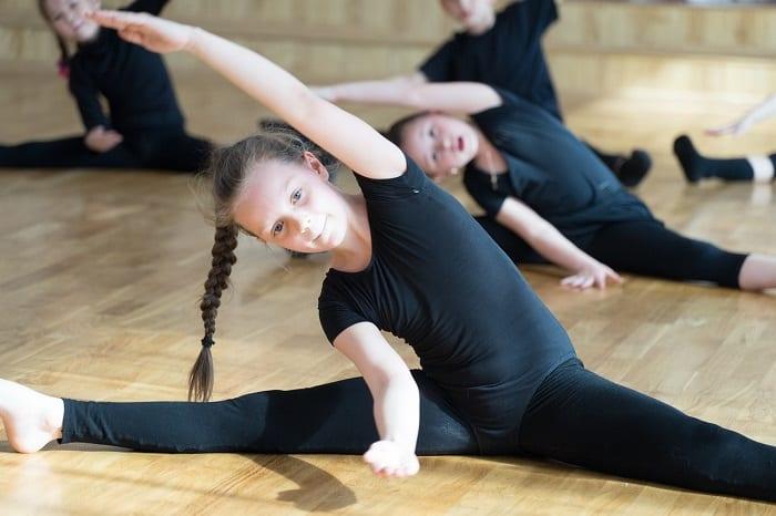 mejores ejercicios yoga para niños