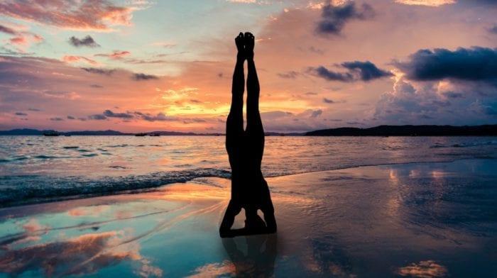 ¿Qué es el Yoga Aéreo? ¿Cómo se Realiza?