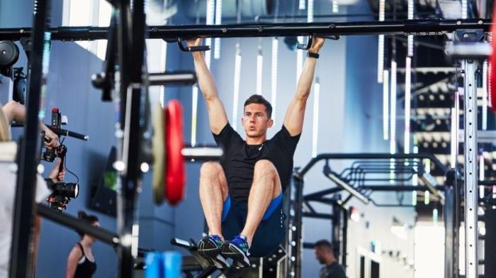 Abdominales en barra | Conoce los 5 mejores ejercicios