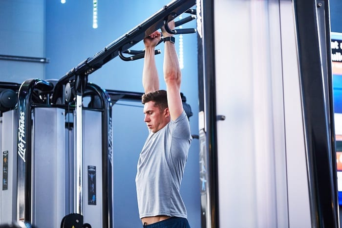 ejercicios abdominales en barra